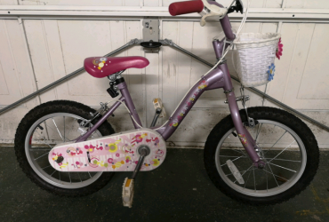 "Kids 16"" Apollo bike"
